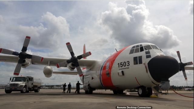 Coast-Guard-air-crew.png_35621306