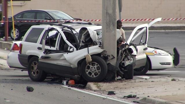 Woman dies in wreck on University Blvd. @ Commerce Street