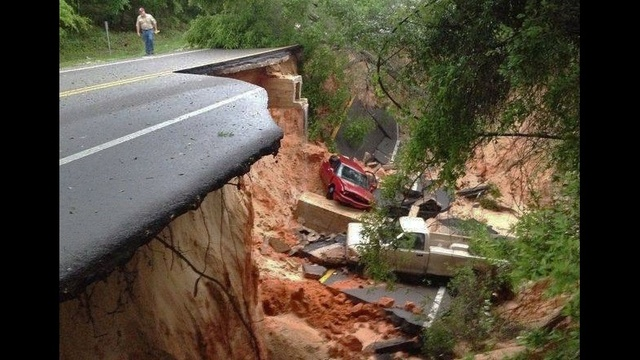 Pensacola road collapse