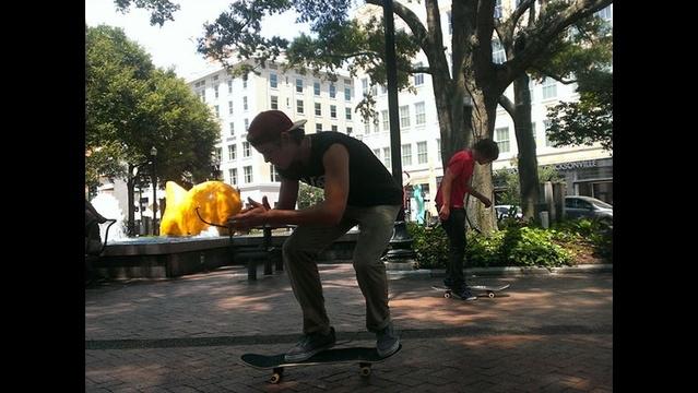 skater-jpg.jpg_27429366