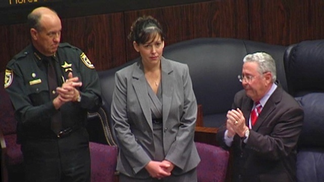 Jennifer White receives ovation in Florida Senate