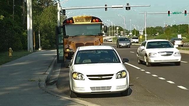 School-bus-crash-in-Arlingt-jpg.jpg_19872412