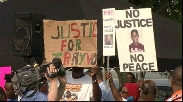 Tiphne Hollis's mother attends Trayvon Martin rally