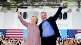 Clinton punches back in Florida, chooses Kaine as running mate