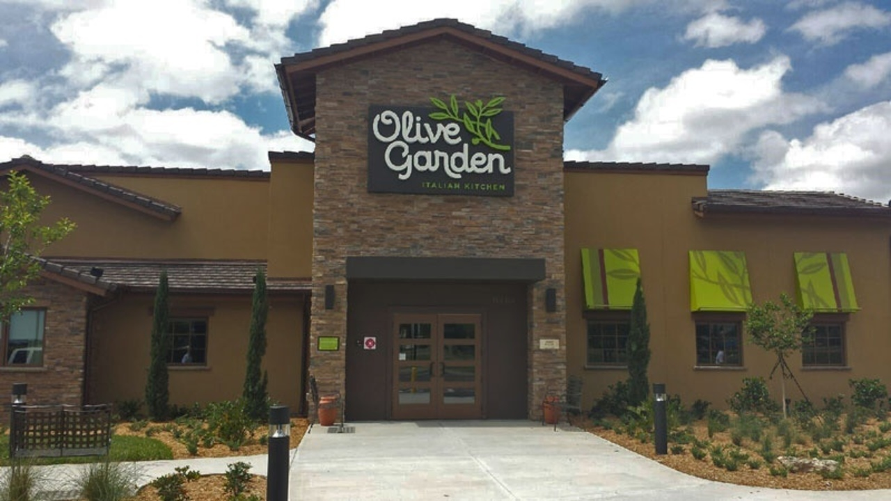 Olive Garden Reopens 16 Months After Fire