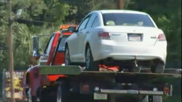 Car towed in hit-and-run