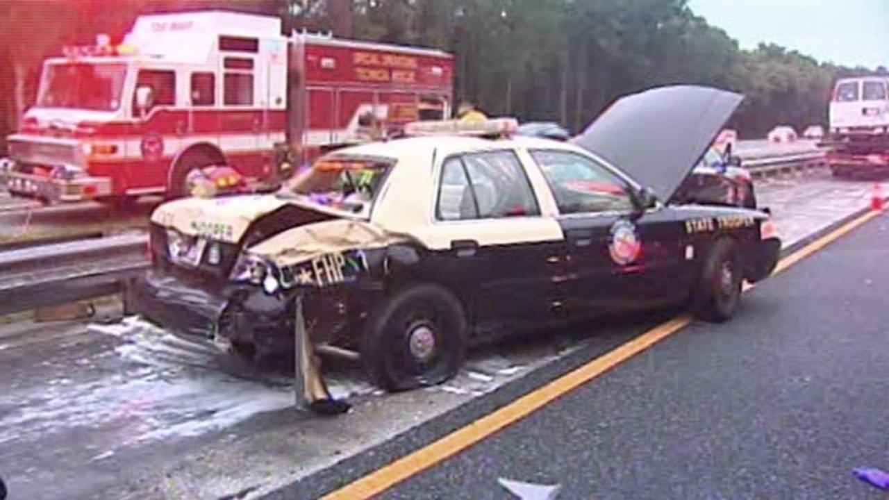 Trooper hurt, woman critical in I-95 crash