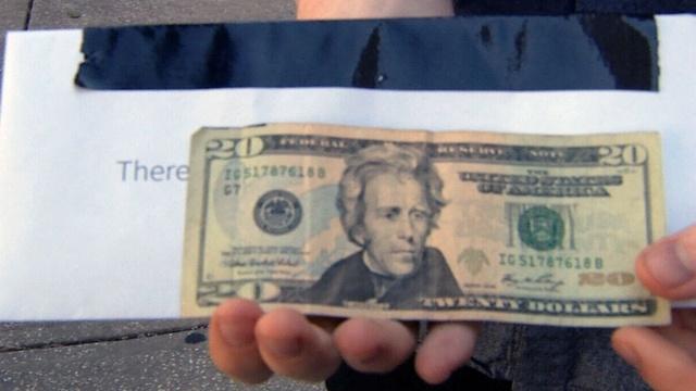 MONEY-GRAB-2A-jpg.jpg_26325610