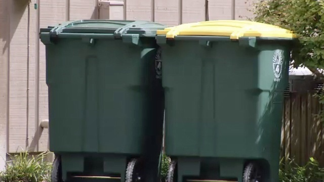 How will holidays affect your trash pickup?