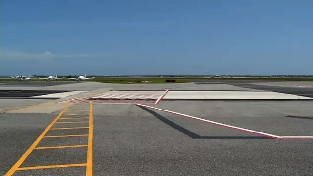Small plane crashes at St. Augustine airport with 4 on board