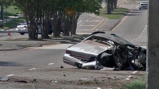 Traffic homicide on Old Middleburg Road_27754938