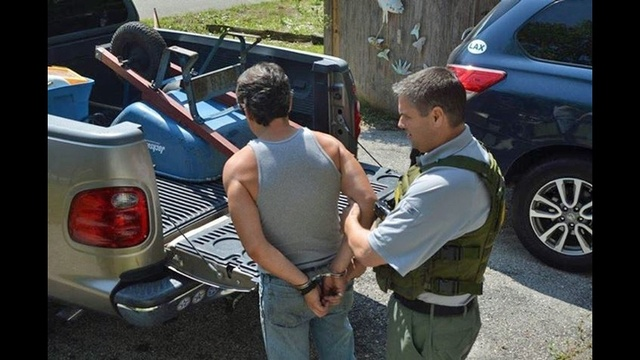 Unlicensed contractor arrest