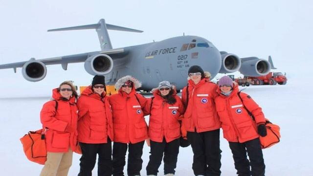 UNF biologist back from Antartica