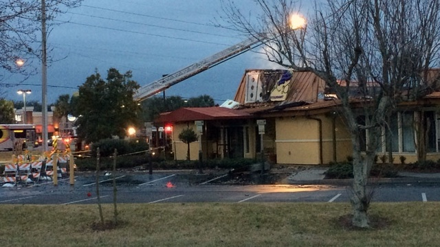 Fire Destroys Olive Garden On Atlantic Boulevard