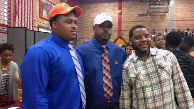 Travaris Dorsey - Raines signing day_24304284