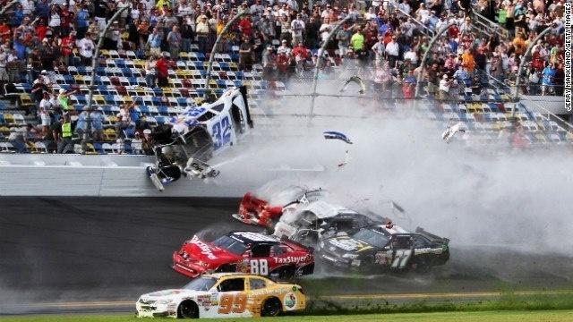 Daytona-Crash-jpg.jpg_19057730
