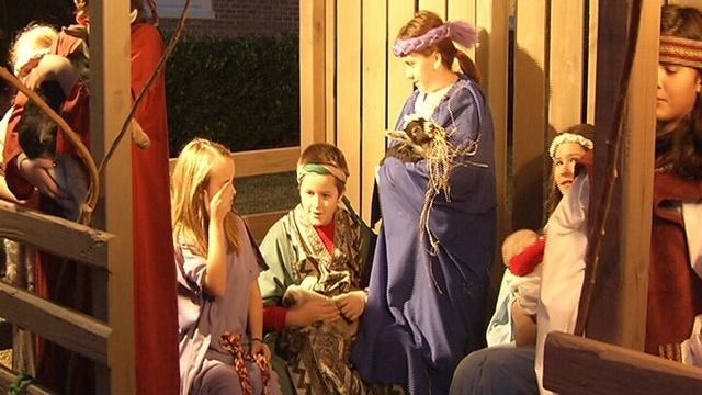 Nativity scene on Christmas Eve celebration_17891914