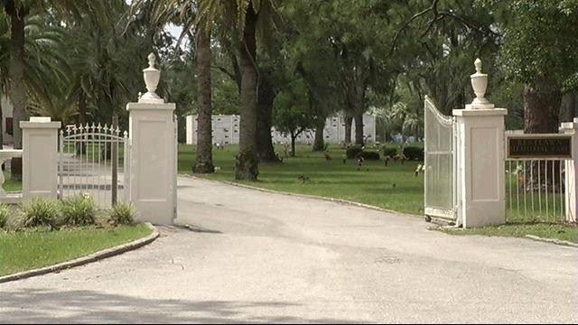 Restlawn Cemetery_15198030
