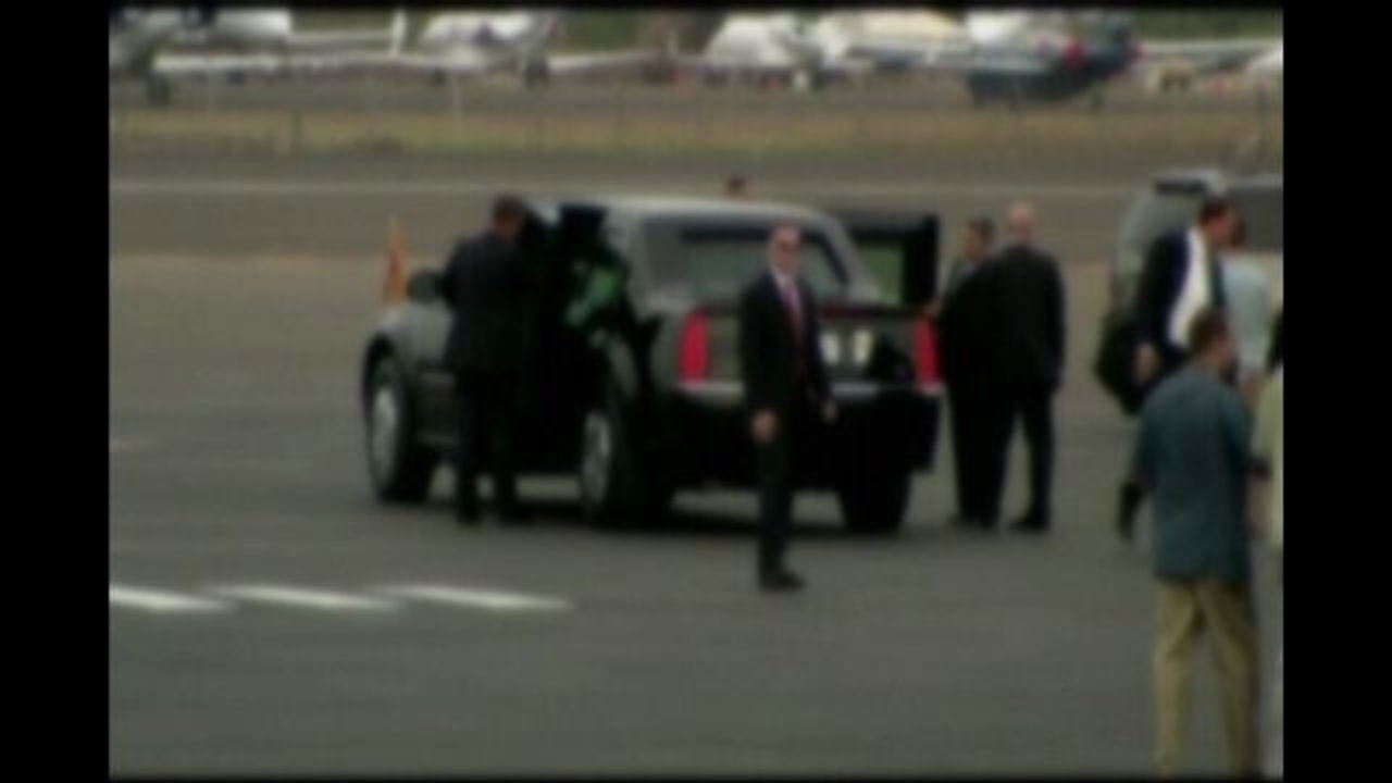 secret service scandal An embarrassing scandal involving prostitutes and secret service agents deepened on saturday as 11 agents were placed on leave, and the agency designed to.