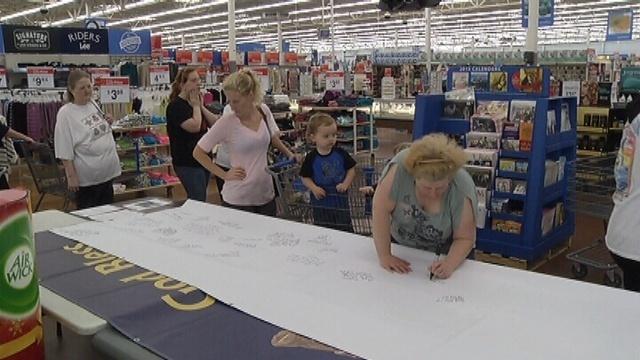 Wal Mart banner_17945454