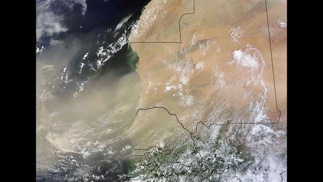 WestAfrica-duststorm-jpg.jpg_21389742