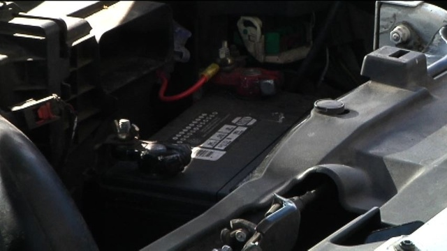 battery-pix-3--car-battery--5pm-web.jpg_19107740