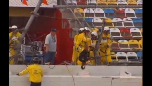 Daytona Crash cleanup_19056136