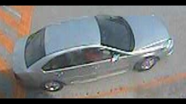 Wallet thieves' car_21905194