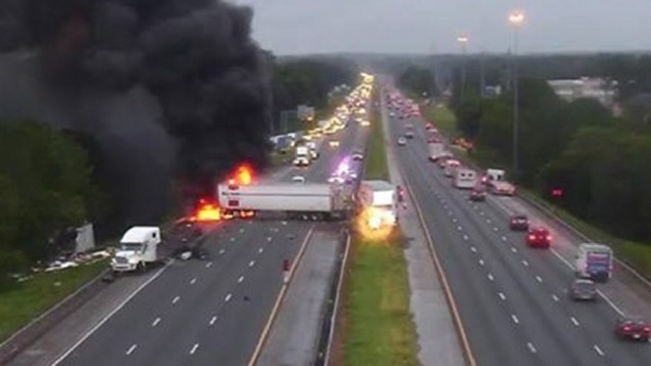 Fhp Fiery Crash On I 75 In Gainesville Kills 1