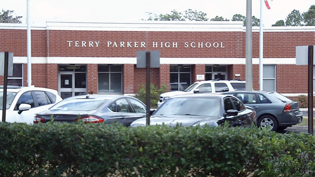 Community plans support for Parker High School after shooting