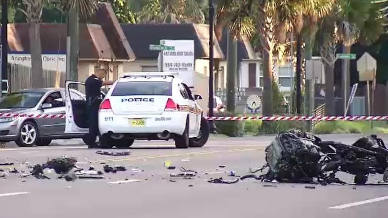 Teen Killed, 2 Others Hurt In Crash Of Stolen Suv-4567