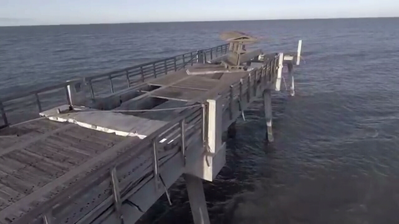 Matthew washes away 350 feet of jax beach pier for Fishing piers in jacksonville fl