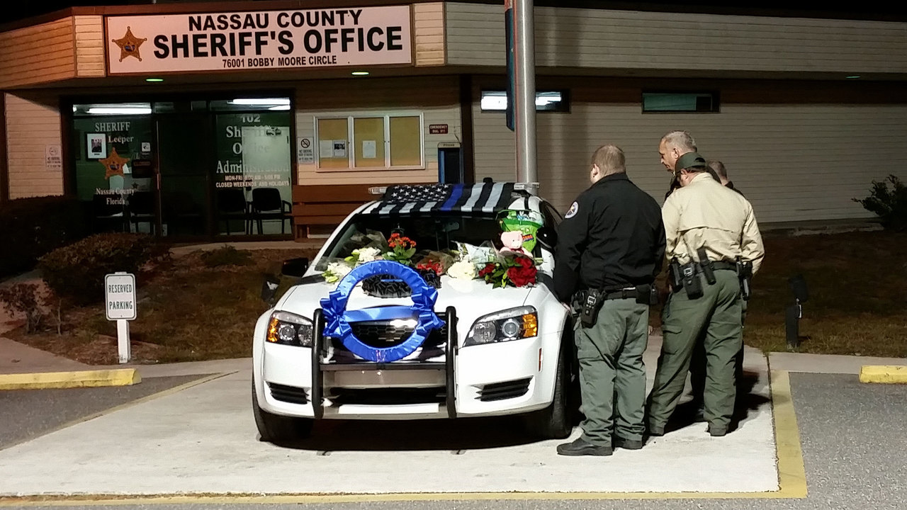 Images: Nassau County deputy 'died doing his job'