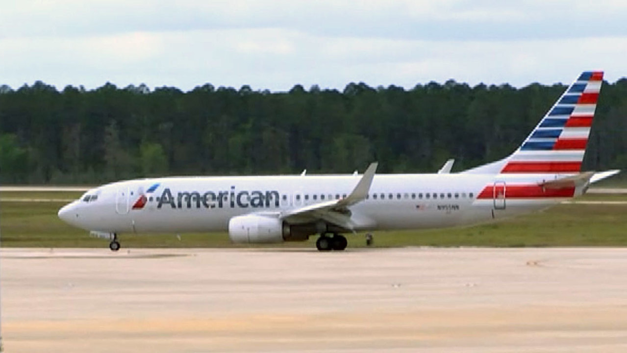 Airline Says Soda Spill Caused Miami To Chicago Flight To