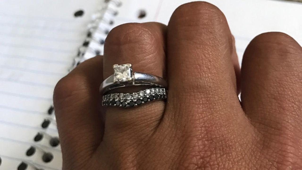 Wedding Rings Stolen In Scam
