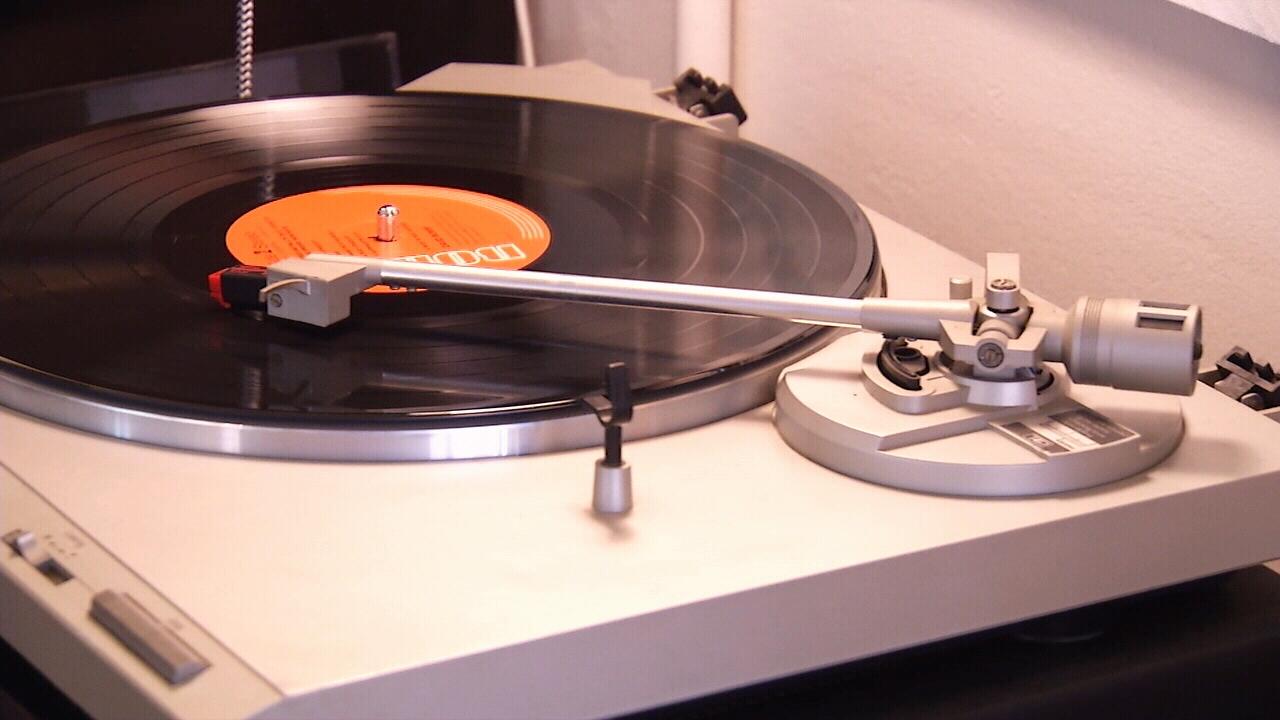 Jacksonville Stores Benefit From Vinyl S Comeback