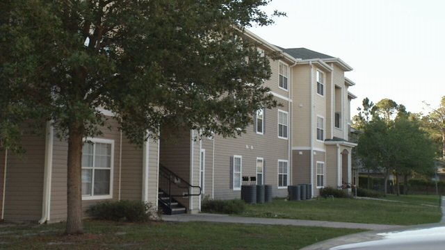 Whispering Oaks Apartments in Starke
