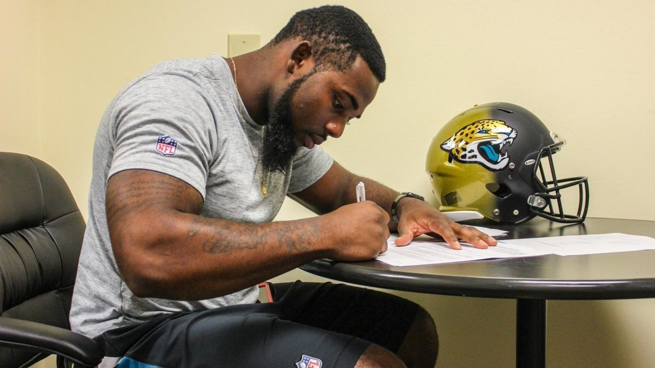 Rich Swann >> Jaguars LB Blair Brown signs rookie contract