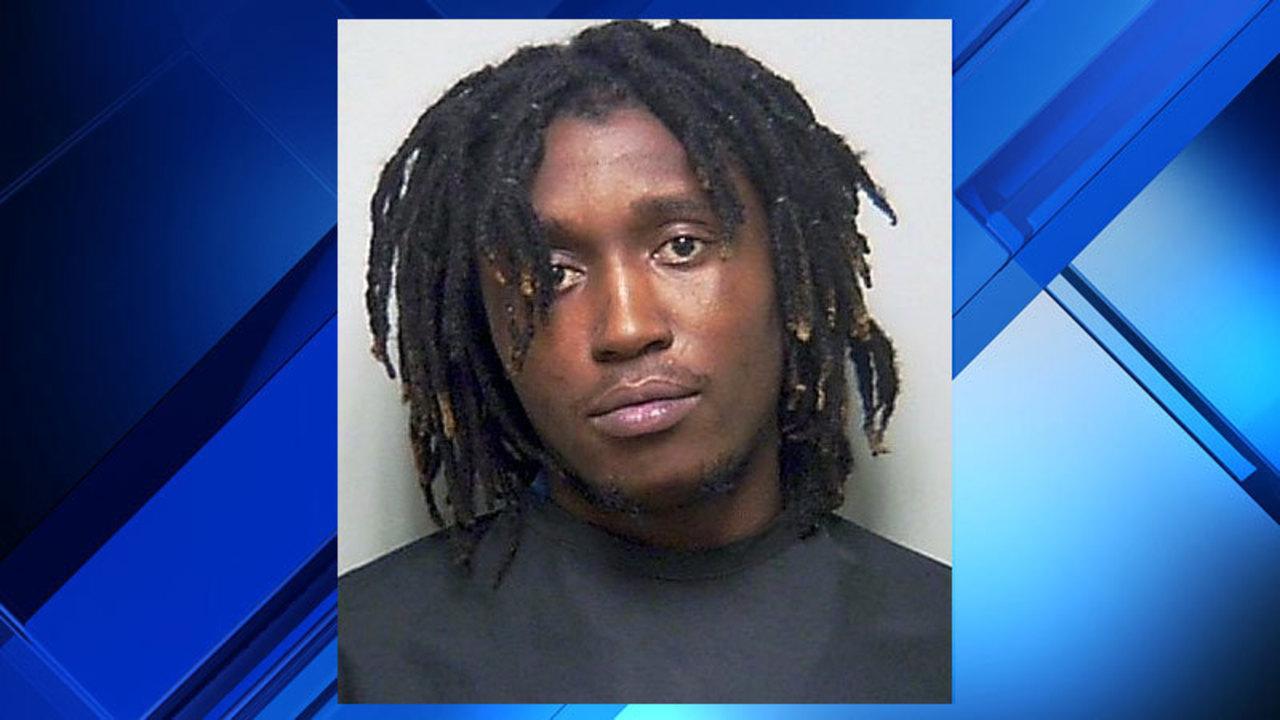 As Deputies Enter Back Door Suspected Burgler Runs Out Front