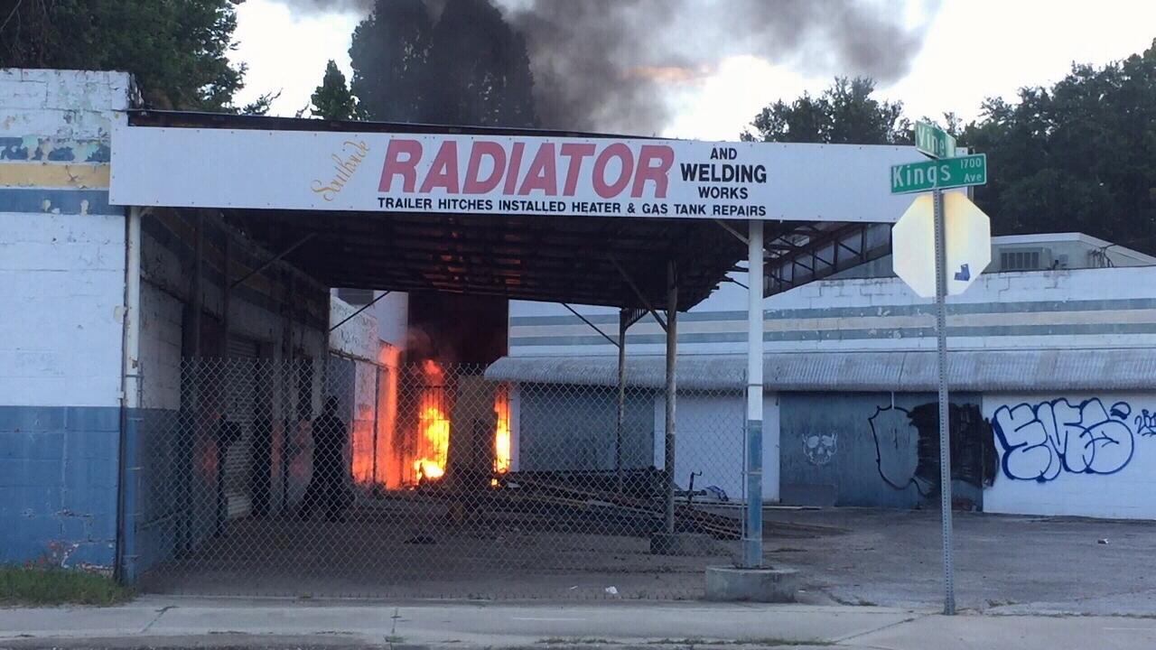 Kings Auto Repair >> Fire erupts at auto repair shop near San Marco