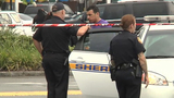 JSO: Manager fires shot into sidewalk after cellphone store scuffle