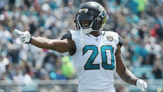 Bye-bye, Jalen: Jaguars deal unhappy corner to Rams