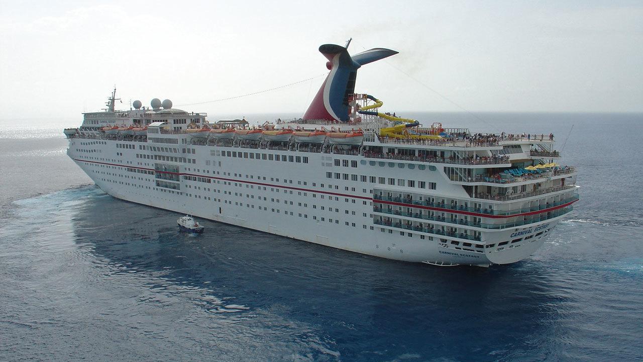 Carnival Cruise Internet Cafe
