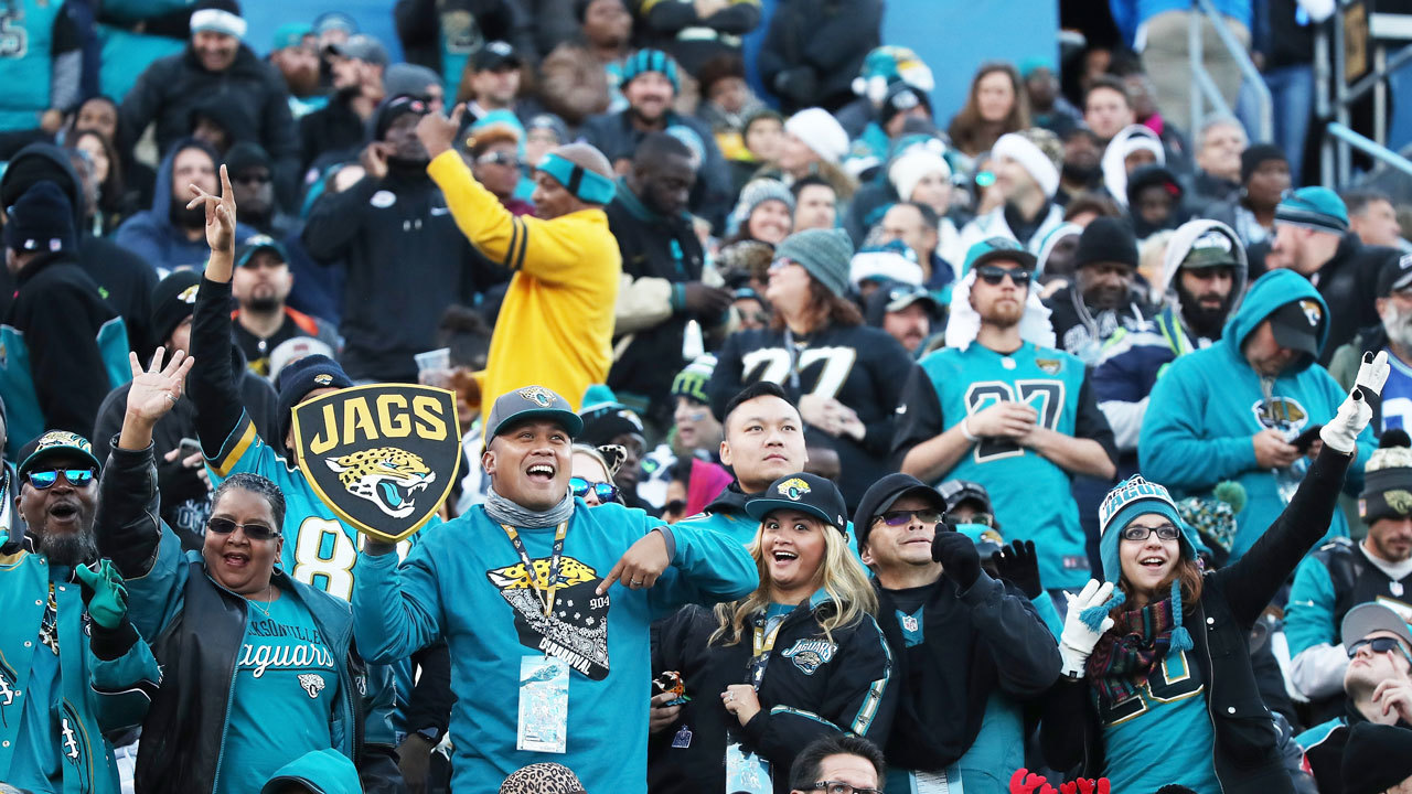 Jaguars-fans-teal_1518549762479_11653845_ver1.0_1280_720 Will lower concession prices make difference for Jaguars fans?