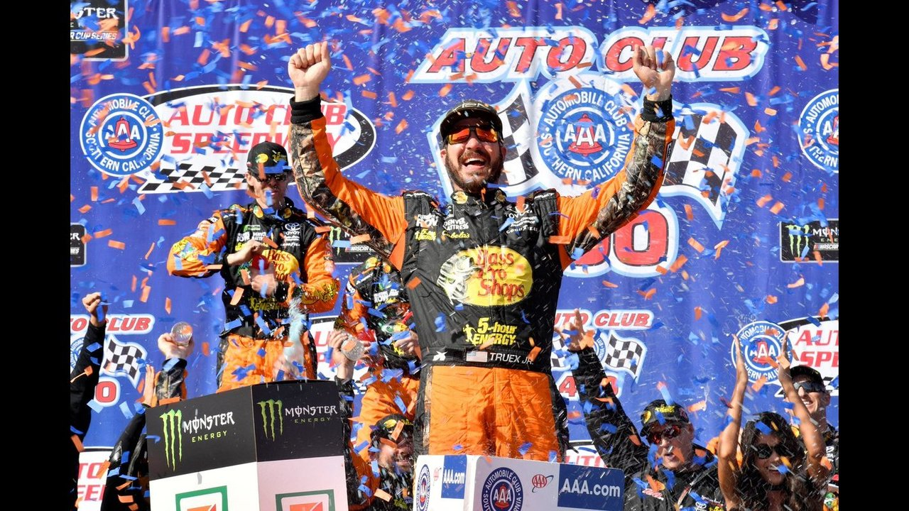martin%20truex%20jr_1521418789732.jpg_11808166_ver1.0_1280_720 Martin Truex Jr. gets first win of year at Auto Club 400