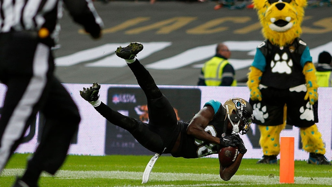 GettyImages-494203902%20Cropped_1521555869386.jpg_11814745_ver1.0_1280_720 Jaguars releasing Allen Hurns, according to reports