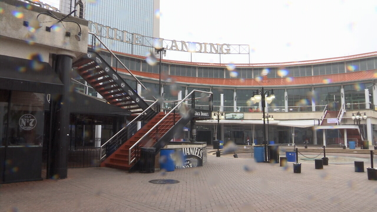 Jacksonville Landing Wars With City Over Lease Deal