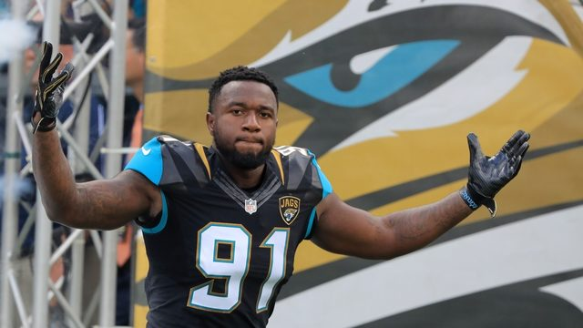 Jaguars DE Yannick Ngakoue doesn't report for start of training camp