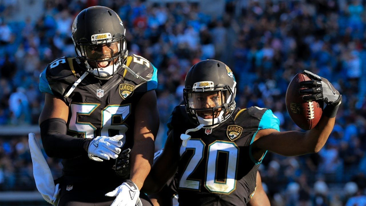 GettyImages-630502626%20Cropped_1534115892230.jpg_12489664_ver1.0_1280_720 Jaguars suspend Jalen Ramsey, Dante Fowler after heated training camp practice