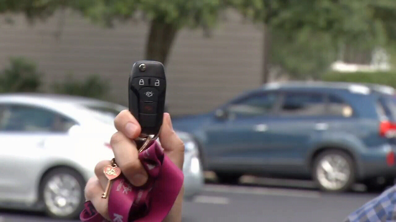Relay the message: Thieves using modern-day tech for car